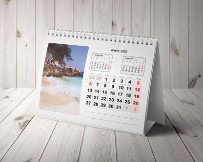 calendario personalizado de sobremesa con 12 hojas